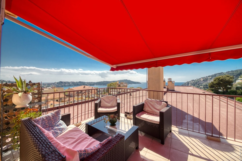 3 bed Property For Sale in Outside Nice,  - 2