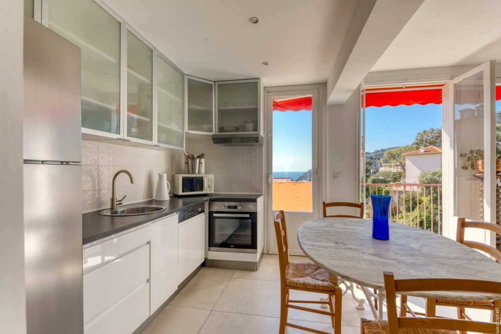 3 bed Property For Sale in Outside Nice,  - 6