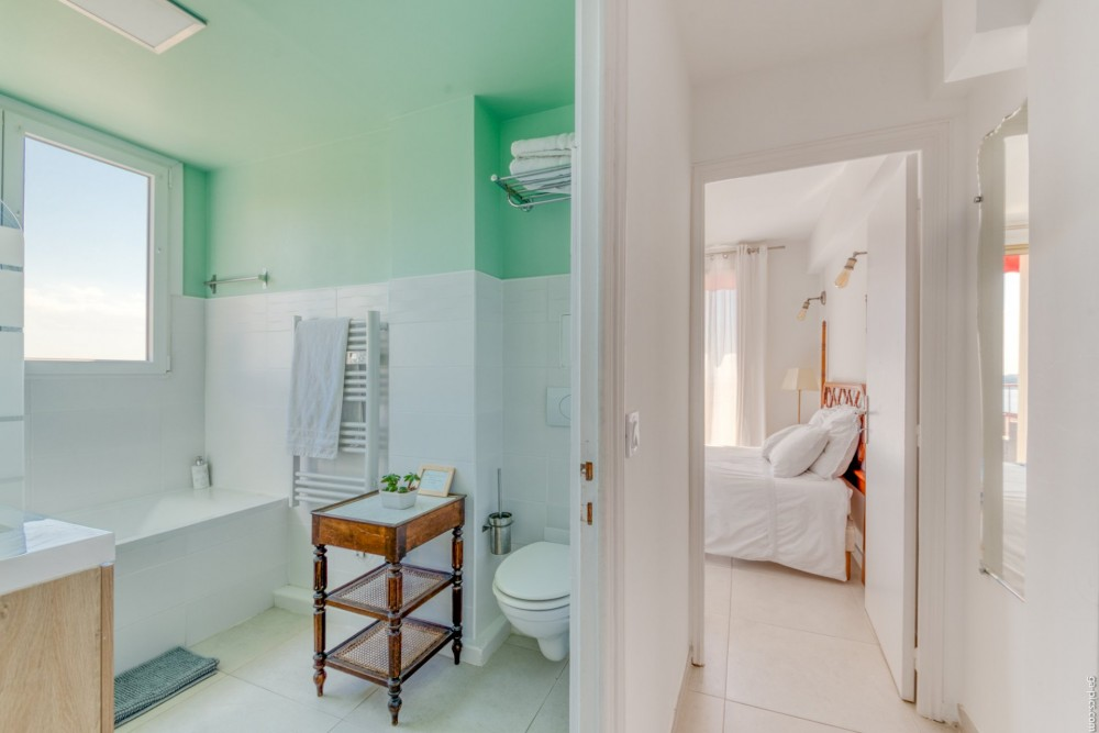 3 bed Property For Sale in Outside Nice,  - 13
