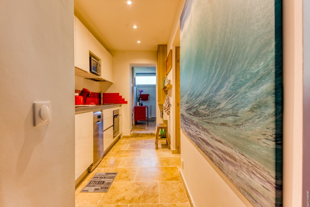 1 bed Property For Sale in Outside Nice,  - 13