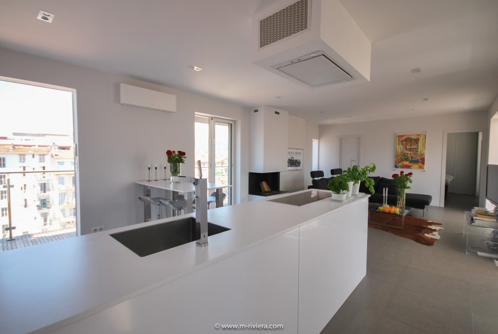 2 bed Property For Sale in Nice • Carré d'or,  - 7