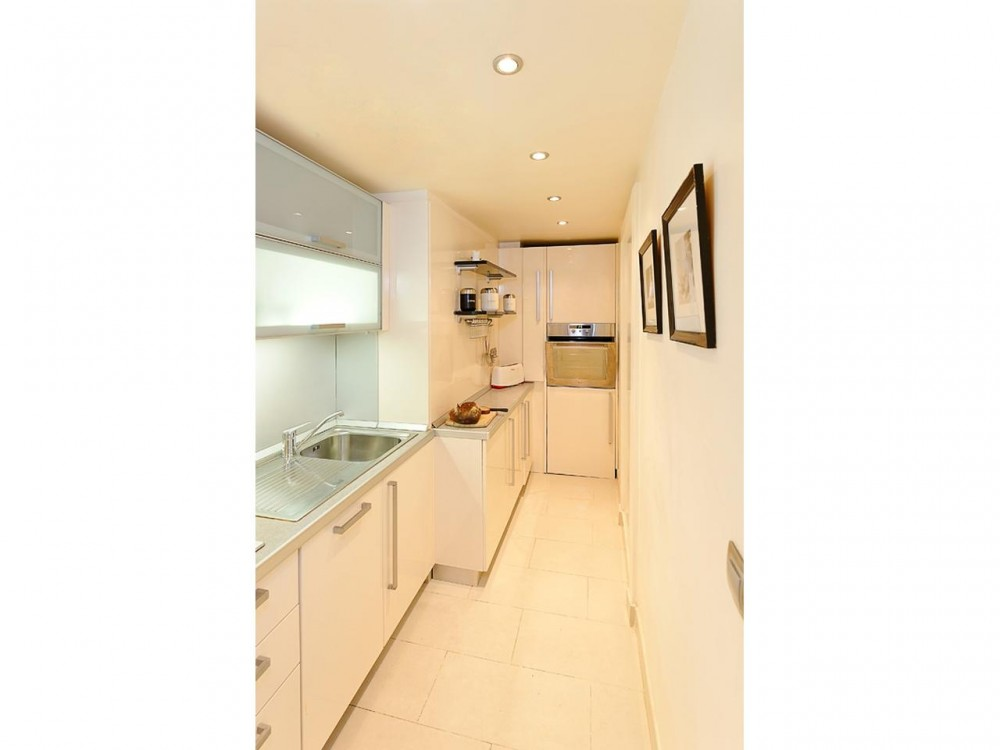 2 bed Property For Sale in Nice • Carré d'or,  - 8