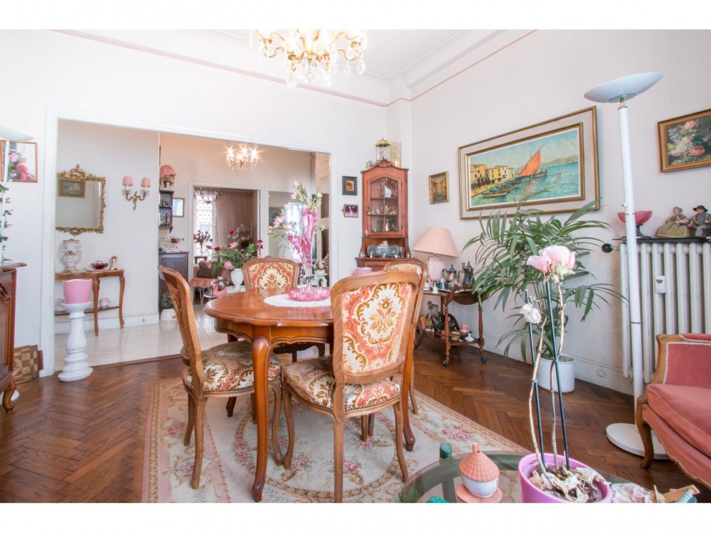 3 bed Property For Sale in Nice,  - thumb 3