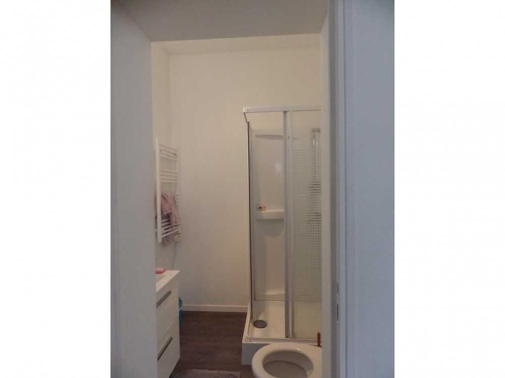 1 bed Property For Sale in Nice,  - 6
