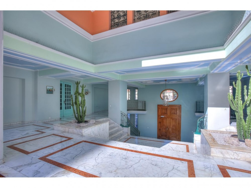 1 bed Property For Sale in Nice,  - 9