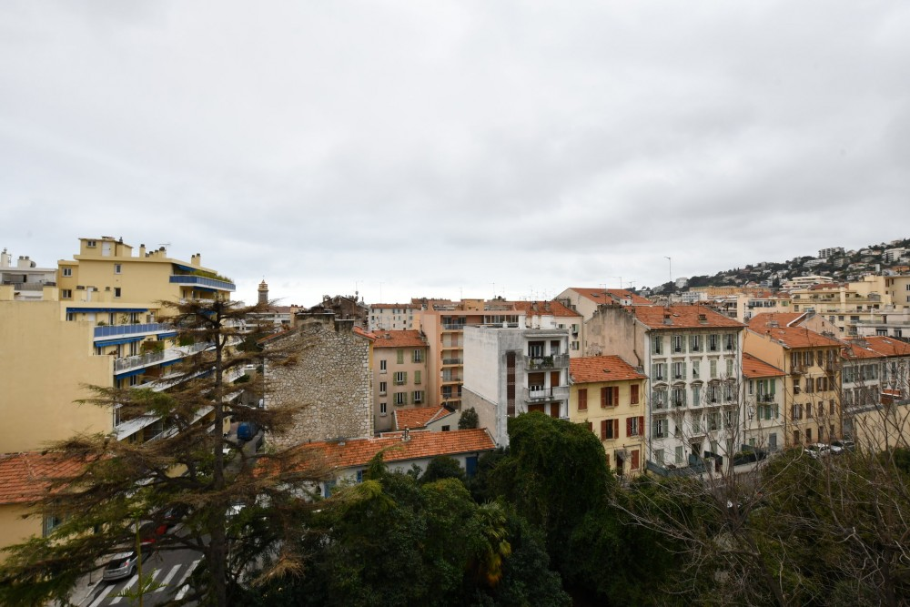 4 bed Property For Sale in Nice,  - 5