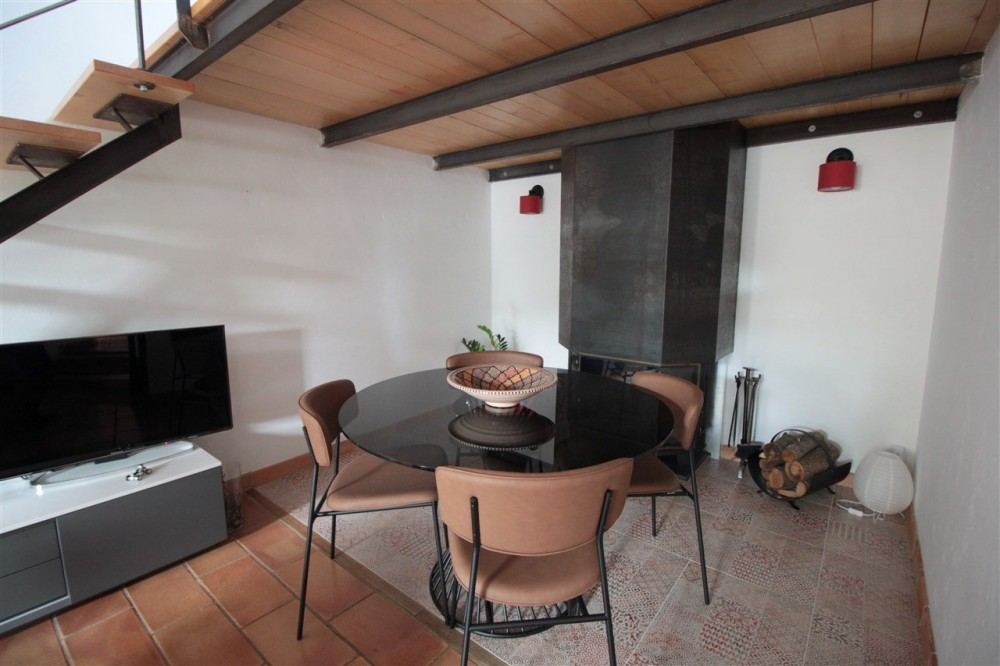 1 bed Property For Sale in Outside Nice,  - 2