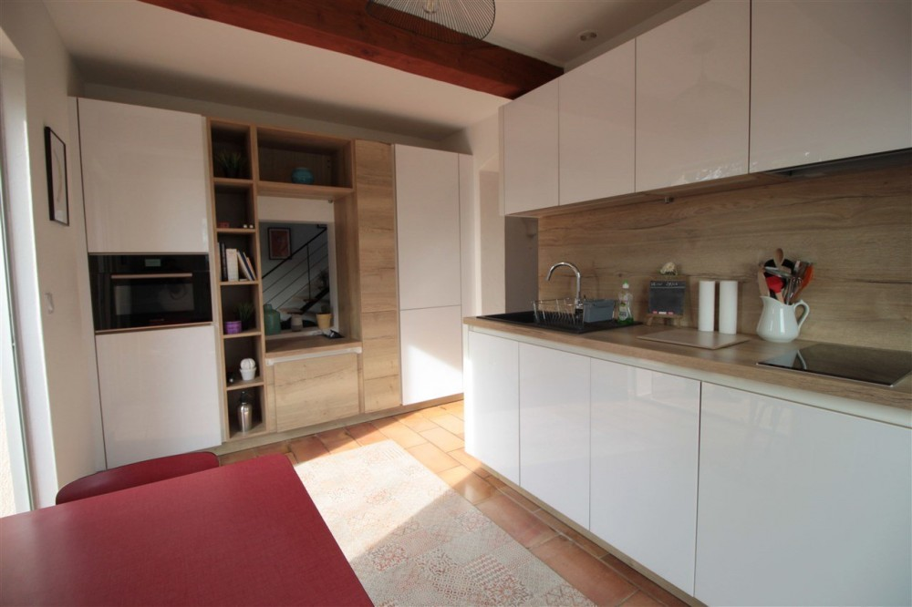 1 bed Property For Sale in Outside Nice,  - 9