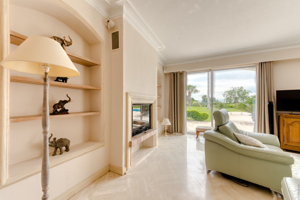 4 bed Property For Sale in Outside Nice,  - 20