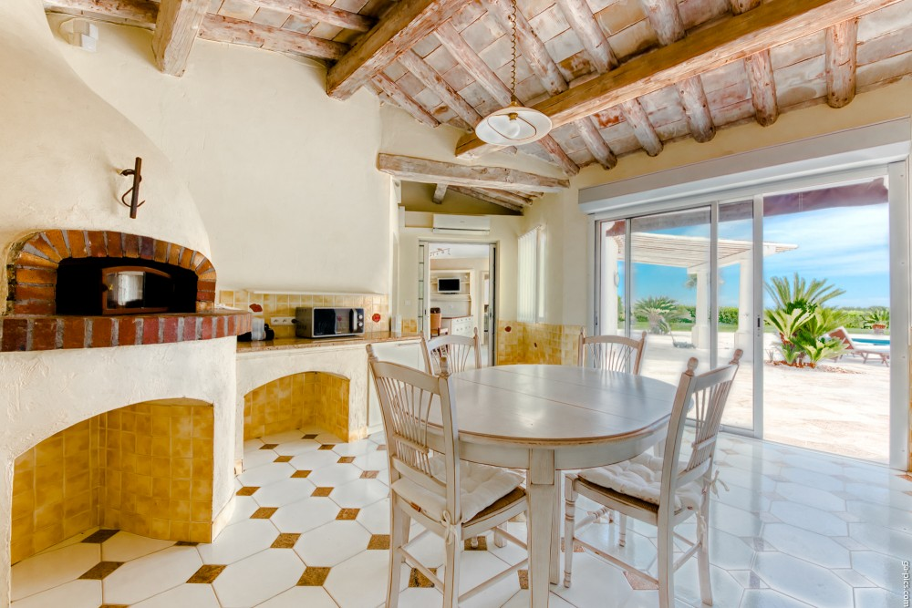 4 bed Property For Sale in Outside Nice,  - 21