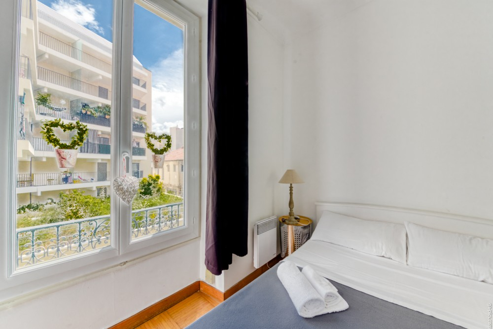 1 bed Property For Sale in Nice,  - thumb 7