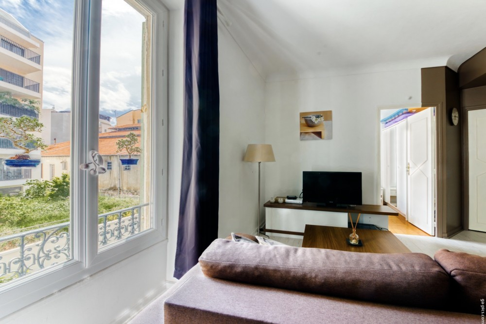 1 bed Property For Sale in Nice,  - thumb 13
