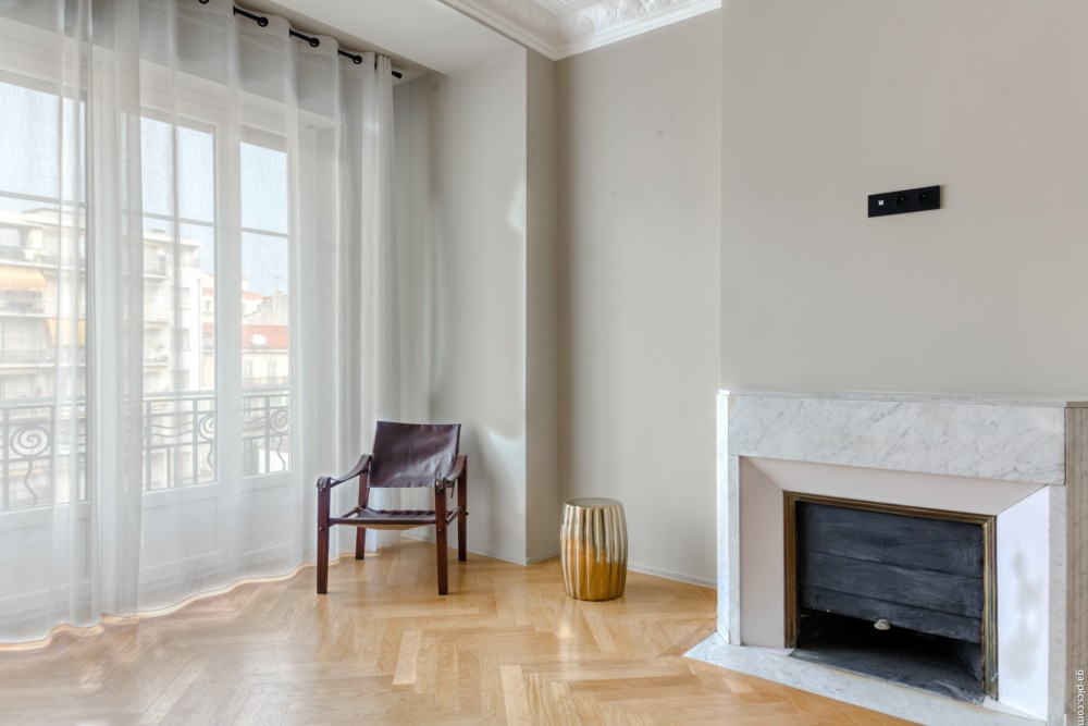 3 bed Property For Sale in Nice,  - 16