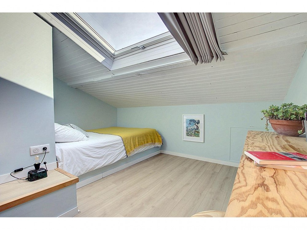 9 bed Property For Sale in Nice,  - 4