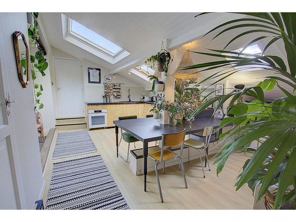 9 bed Property For Sale in Nice,  - 7