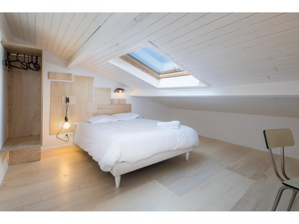 9 bed Property For Sale in Nice,  - 11