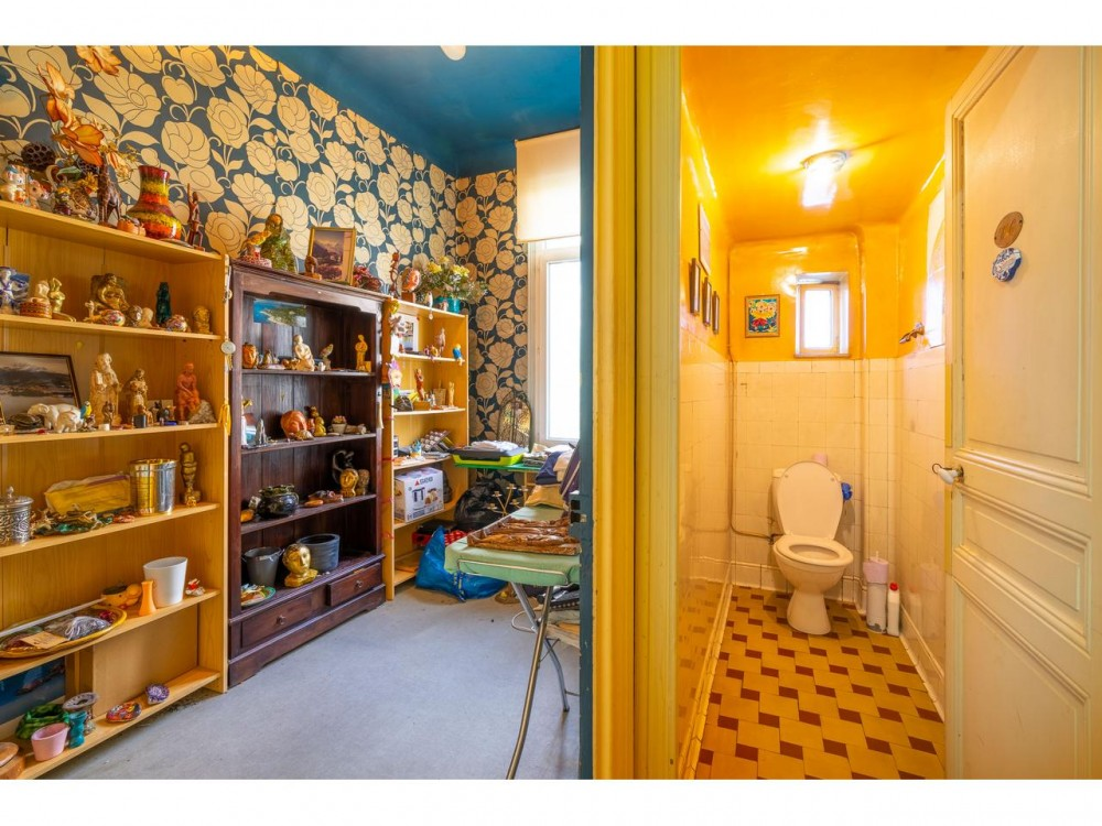5 bed Property For Sale in Nice,  - 8