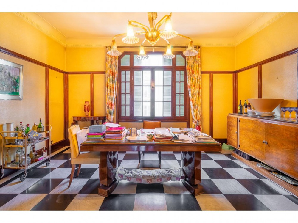 5 bed Property For Sale in Nice,  - 9