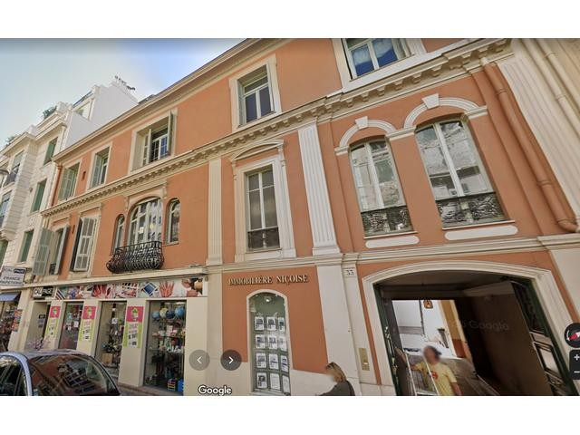 5 bed Property For Sale in Nice,  - 13